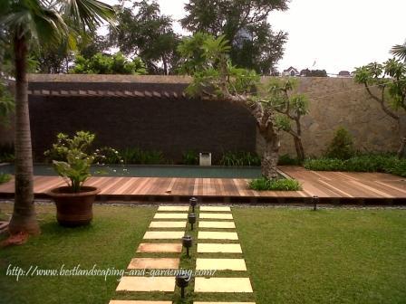 Desain Taman Tropis Minimalis