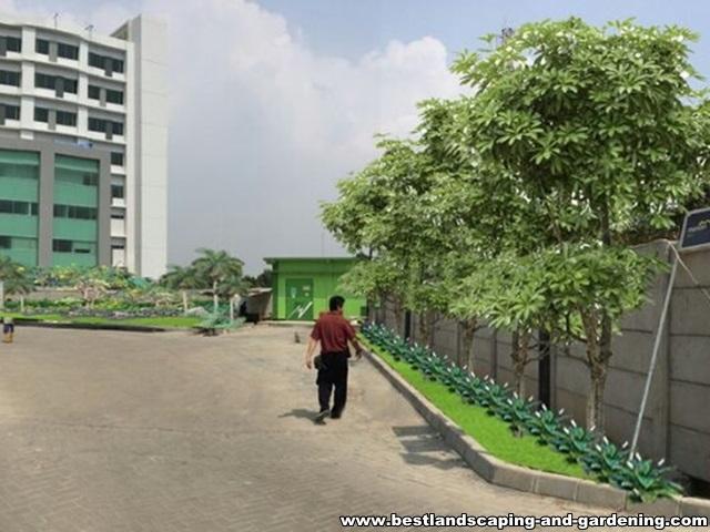 Desain dan Pengerjaan Taman Rumah Sakit