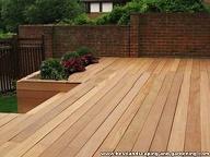 decking kayu untuk taman